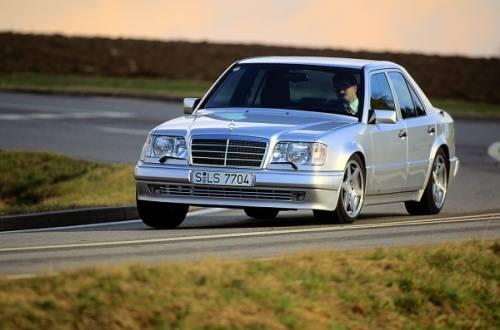 Mercedes-Benz W 124 500 E волчок